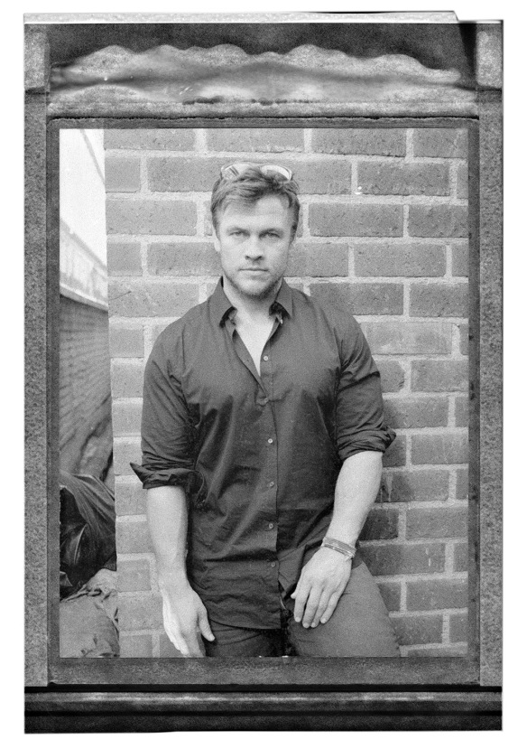 Benjo_Arwas_Luke_Hemsworth_07.jpg